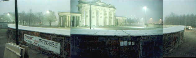 The Brandenburg gate and the Berlin Wall